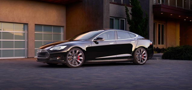 2015 TESLA Model S, All-Wheel Drive